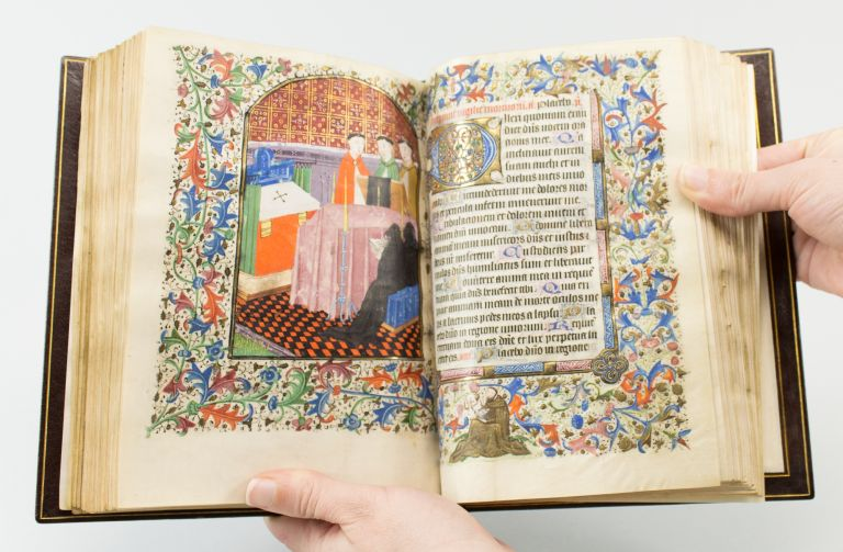 USE OF SARUM. WITH LARGE AN ILLUMINATED VELLUM MANUSCRIPT BOOK OF HOURS IN LATIN, LIVELY MINIATURES FOR THE ENGLISH MARKET.