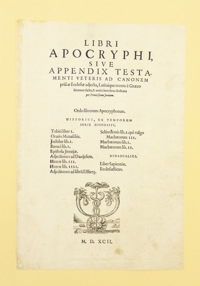 TITLE PAGE TO THE APOCRYPHA. PRINTED LEAF, BIBLE IN LATIN.
