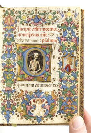 USE OF ROME. A LOVELY LITTLE ITALIAN ILLUMINATED VELLUM MANUSCRIPT BOOK OF HOURS IN LATIN